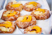 Danish pastry with fruit — Stock Photo