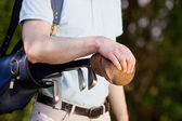 Male Golfer Carrying Bag — Foto Stock
