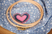 Embroidery Hoops With Heart On Fabric — Stock Photo
