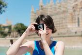 Tourist taking pictures in Palma de Mallorca — Stock Photo