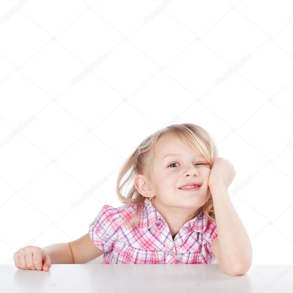У девочек под столом смотреть 28 фотография