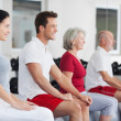 Diverse group in a fitness studio or gym — Stock Photo