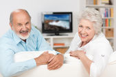 Happy friendly elderly couple — Stock Photo