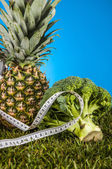 Fruits and vegetables, fitness theme — Stock Photo