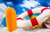 Sunny and colorful theme of summer, holidays — Stock Photo