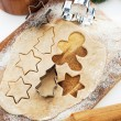 Baking Christmas cookies and gingerbread — ストック写真