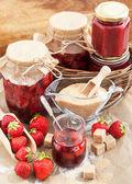 Homemade strawberry jam — Stock Photo