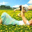 Mother and Baby Playing in Field — Stock Photo
