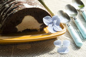 Chocolate cake with mint and blueberries. horizontal format — Stock Photo