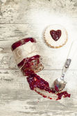 Homemade cookies Valentine's Day, blurred background — Stock Photo
