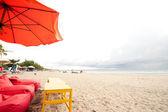 BALI- DECEMBER 27: Legian's beach. on Dec, 27, 2012 Bali, Indone — Stock Photo