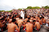 BALI - DECEMBER 30: traditional Balinese Kecak dance at Uluwatu — Stock Photo
