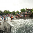 BALI - JANUARY 2: Many tourists at Tanah lot temple , on January — Stock Photo