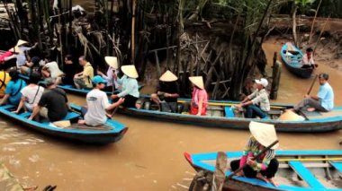 Boat taxi for tourists on a canal in Mekong — Stock Video