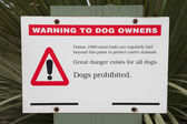Baiting warning sign — Foto Stock