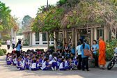 Tour of school children in the Royal Palace. — Stock Photo