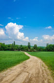 Weg in dorp — Stockfoto