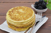 Whole Wheat Pancakes with Blackberries — Stock Photo