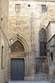 Portal at the Cathedral i Barcelona — Stockfoto