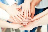 τα χέρια μαζί — Φωτογραφία Αρχείου