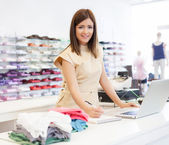 Assistente de loja — Foto Stock