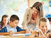 Lärare och studenter — Stockfoto