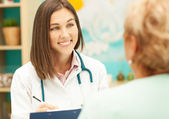 Doctor and Patient — Stockfoto
