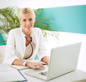 Mid Adult Female Doctor — Stock Photo