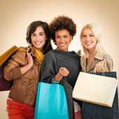 Donne lo shopping — Foto Stock