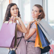 Two Smiling Women Shopping Together — Lizenzfreies Foto