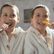 Brothers Brushing Teeth — Stock Photo