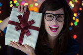 Hipster Woman with a Present — Stockfoto