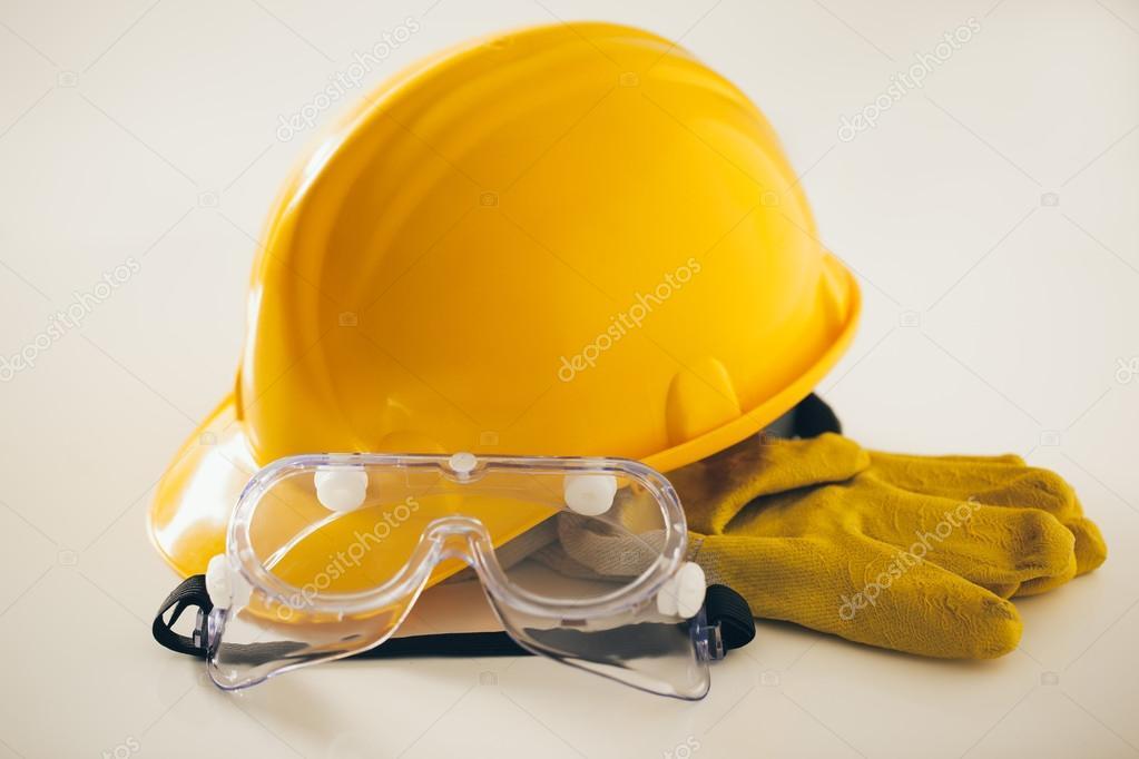 фото защитных касок