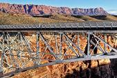 Steel bridge over canyon — Stock Photo
