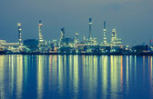 Oil refinery factory at twilight Bangkok Thailand. — Stock Photo