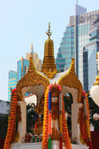 Buddist shrine in Bangkok — Stock Photo