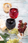 Beber vino — Foto de Stock