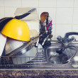 Dishes drying next to kitchen sink — Stock Photo
