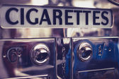 Old cigarette vending machine — Stock Photo