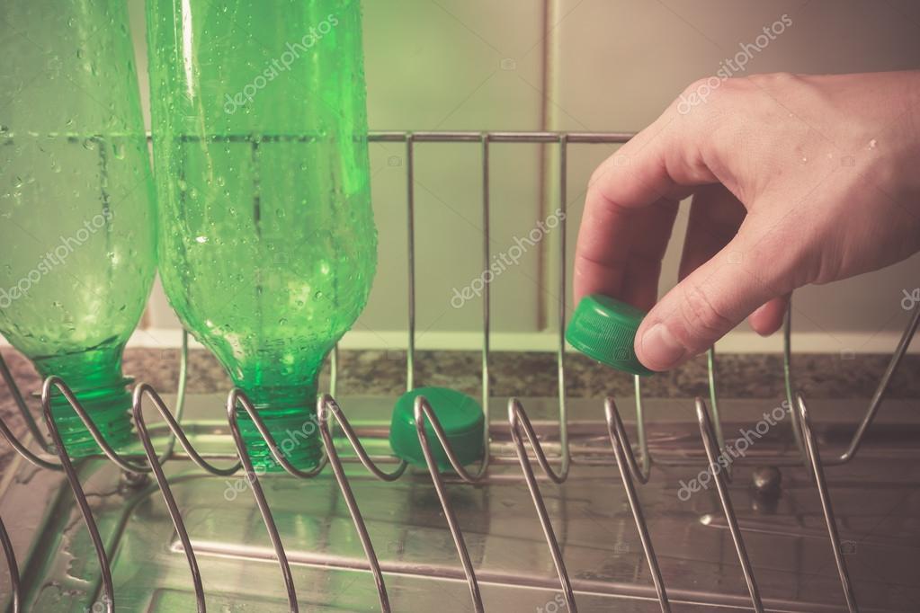 Как в домашних условиях переработать пластиковые бутылки 699