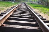 鉄道の距離に消える — ストック写真