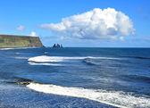Siyah kum beach'de vik — Stok fotoğraf