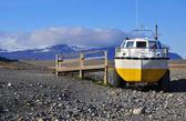 Amphibian Vehicle in Iceland — Stock Photo