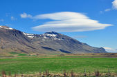 Mountain and clouds in Iceland — Stock Photo