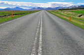 Road and mountains — Stock Photo