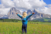 Small traveler in Alps — Stock Photo