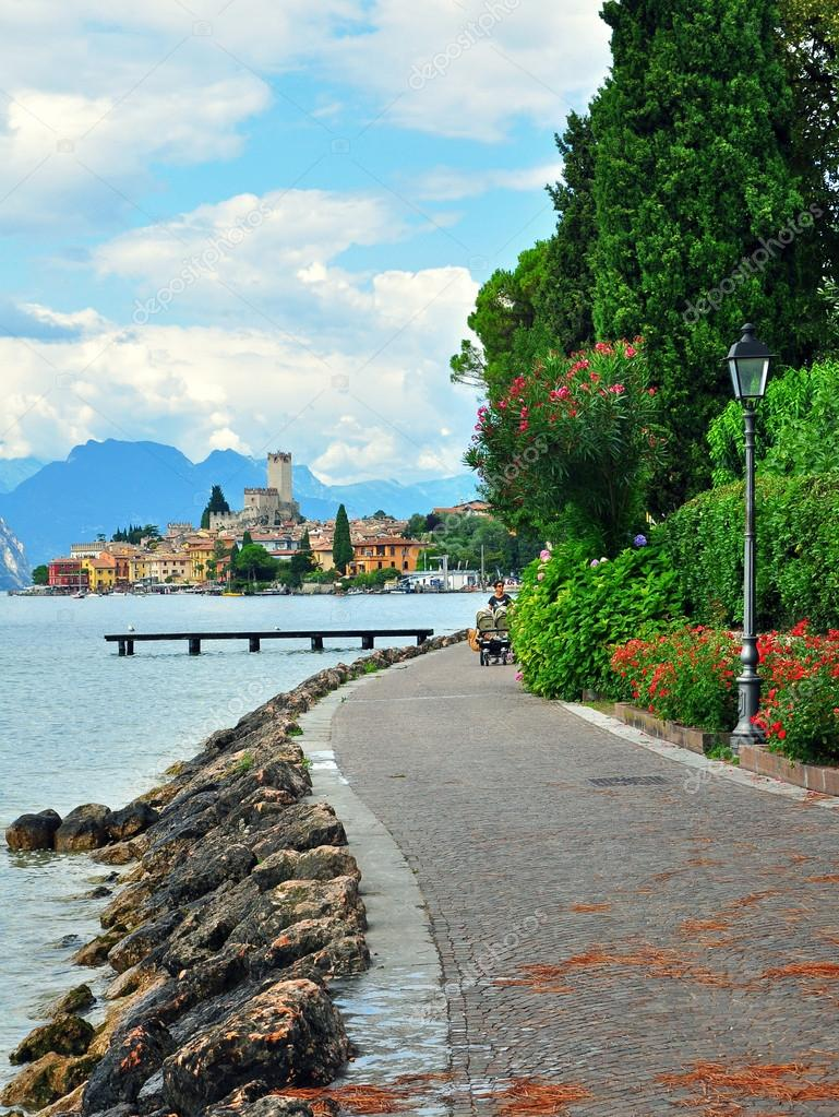 malcesine chatrooms Additionally, where to stay - i am drawn to the north b/c of the mountains and  views and have looked extensively in malcesine - it seems to be quite popular  but.