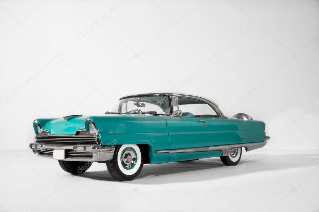Vieille voiture de mod le vintage photographie vitaldrum - Image de vieille voiture ...