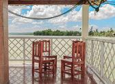 Schöne terrasse mit meerblick — Stockfoto
