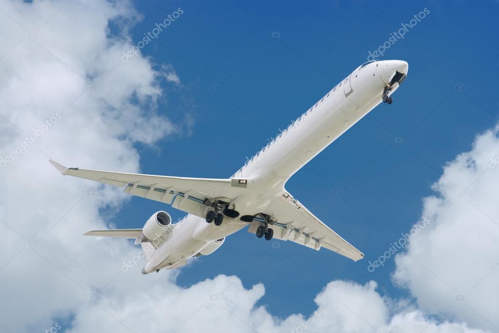 大型喷气式飞机起飞